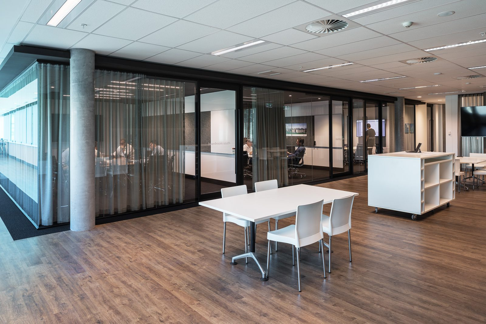 STH_OFFICES_042_small