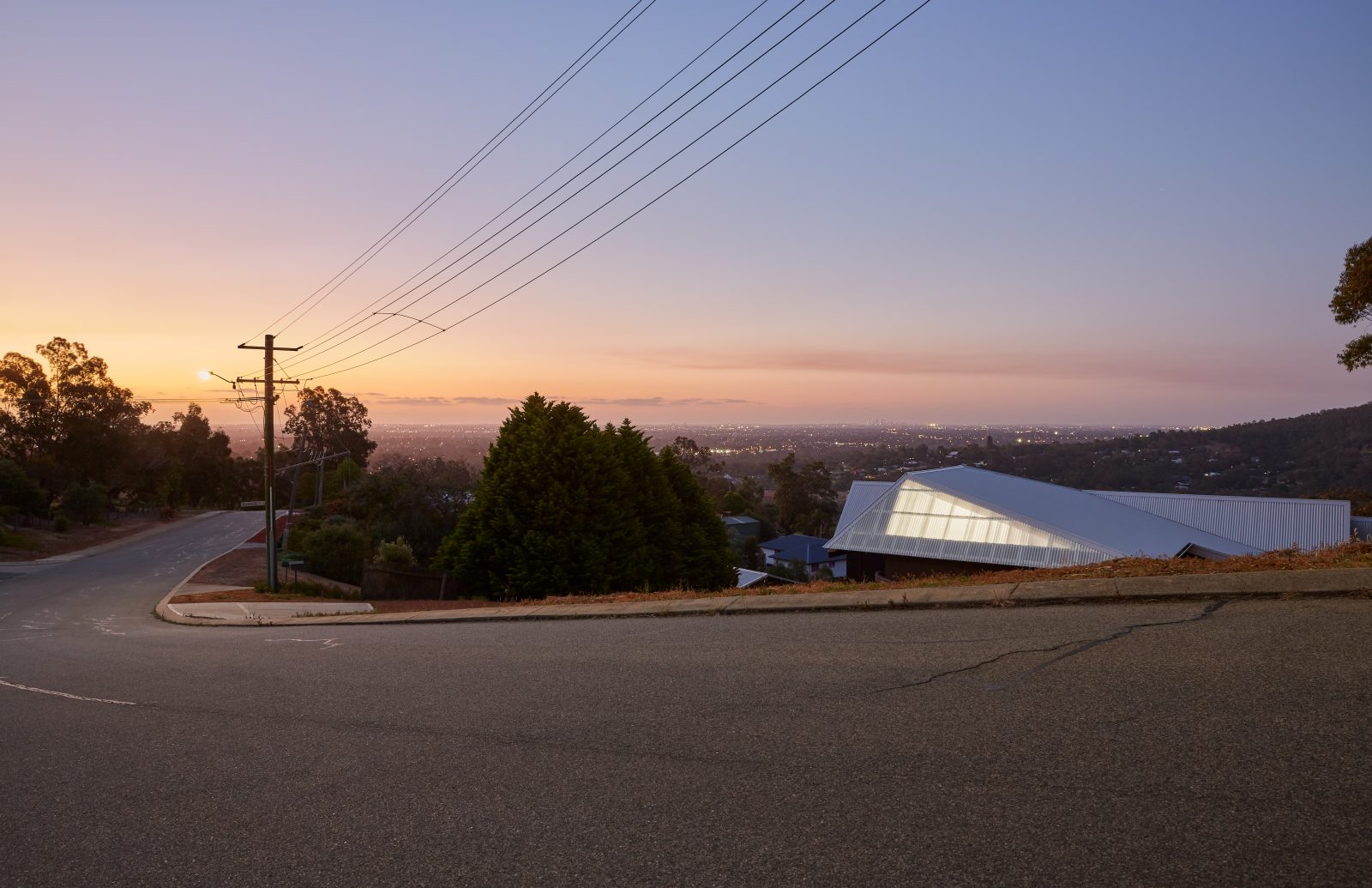 LANTERN HILL HOUSE by CAPA ARCHITECTS